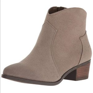 Taupe Western Stitched Ankle Bootie